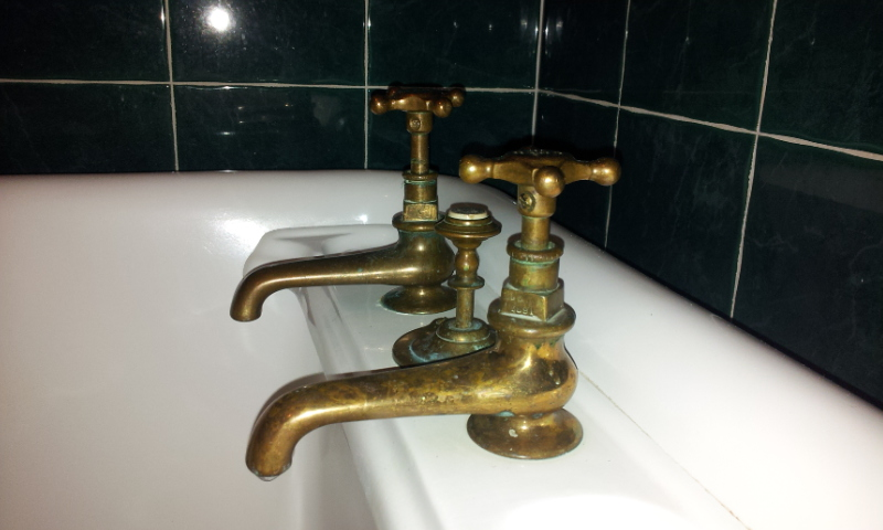 ... polished brass   Incalux gold plating · Brass taps   plunger 74905cd62